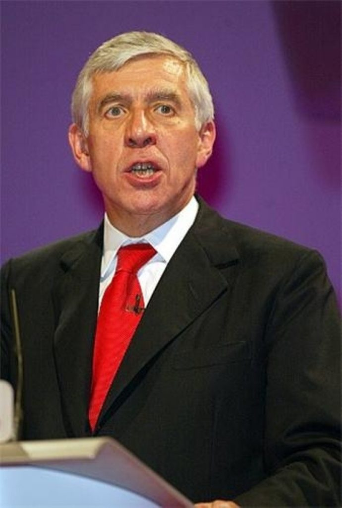 Jack Straw says the situation in Iraq is dire