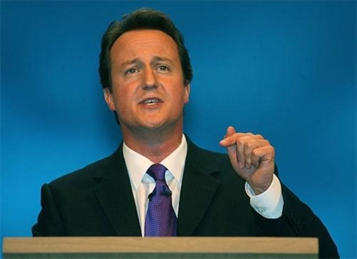 David Cameron attacks Tony Blair over law and order plans