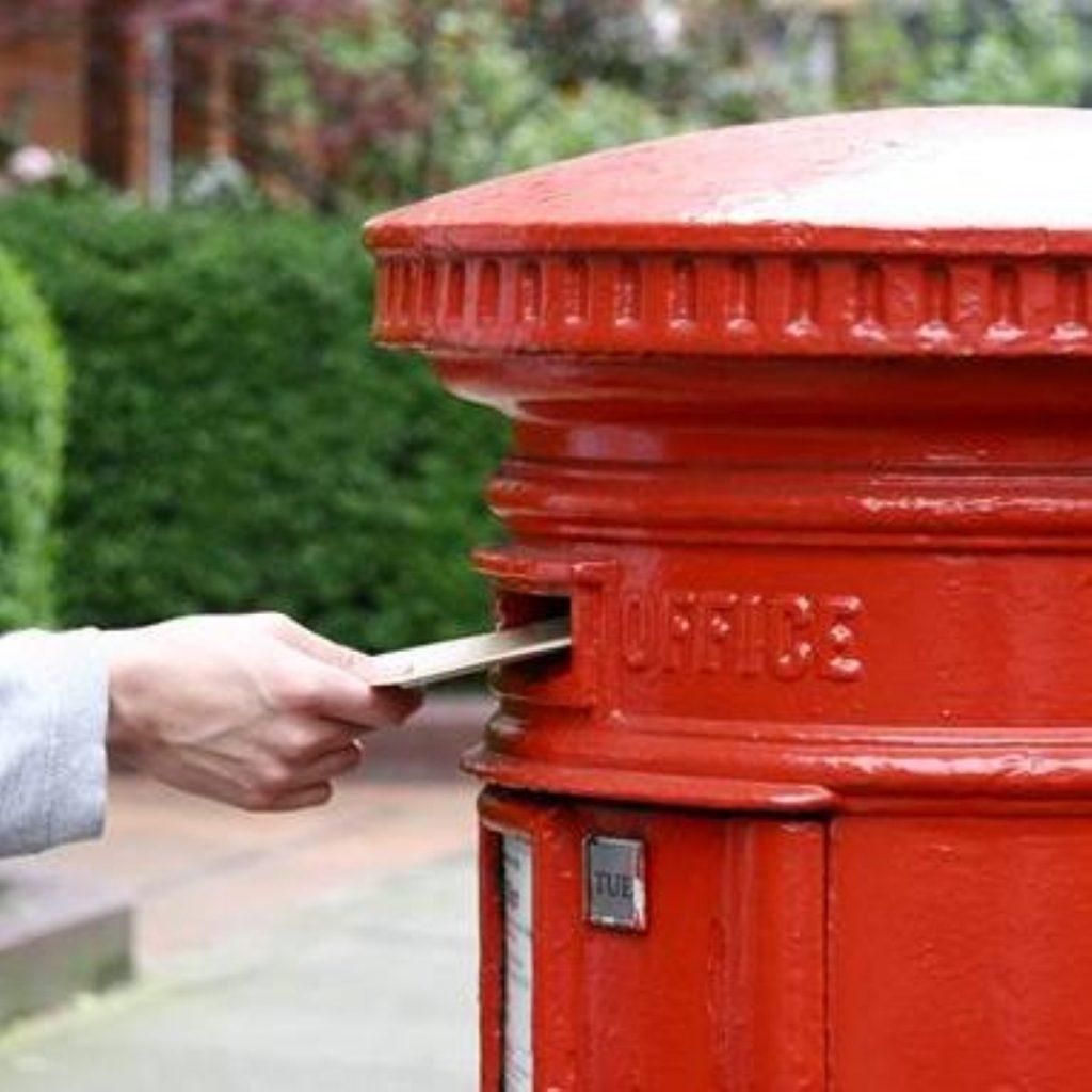 Thousands of pupils await school admissions letters
