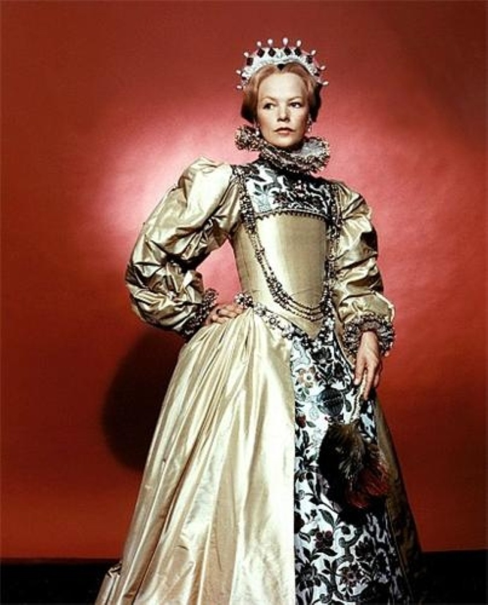 Glenda Jackson as Queen Elizabeth. Her own political career has not been quite so illustrious
