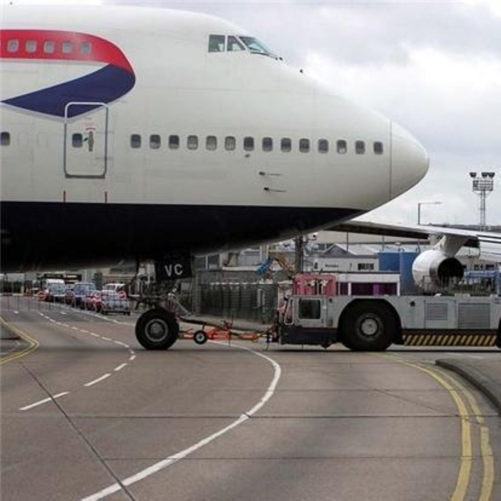 Tory and Labour divided by Heathrow third runway question