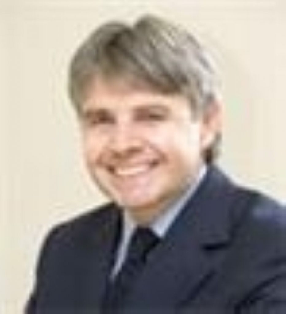 Lord Drayson signs joint strike fighter deal
