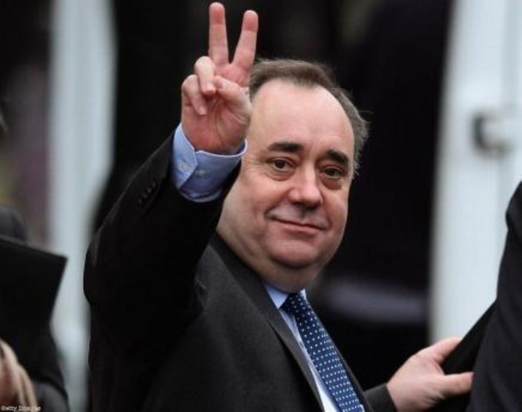 V for victory?  Shock poll puts Salmond ahead.