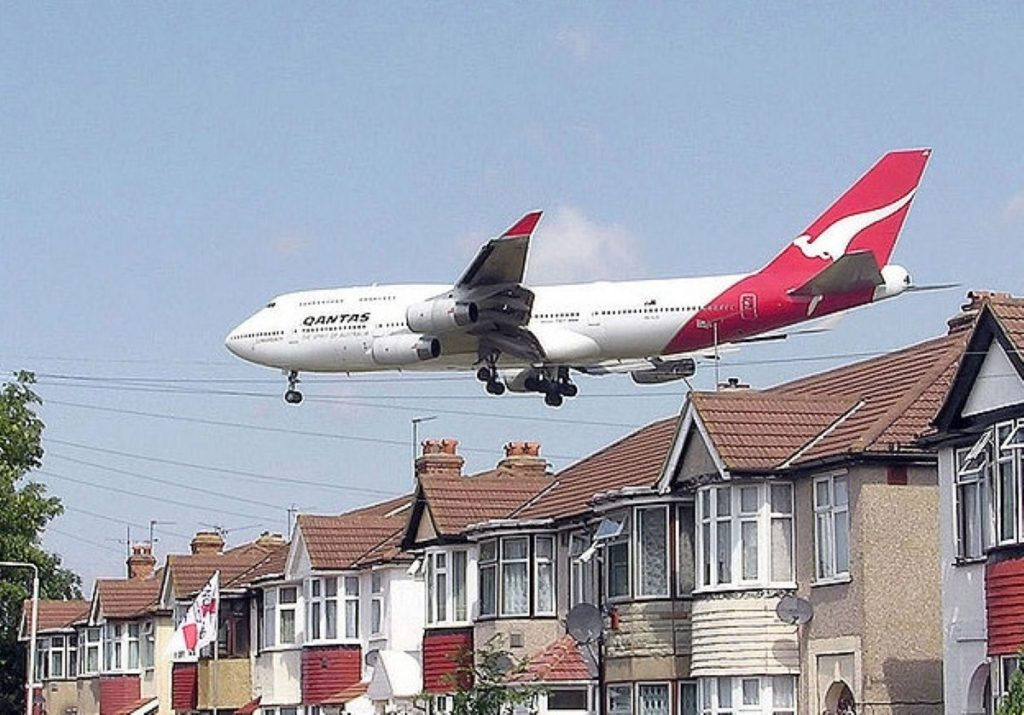 Goldsmith will stand down if the government support the third runway