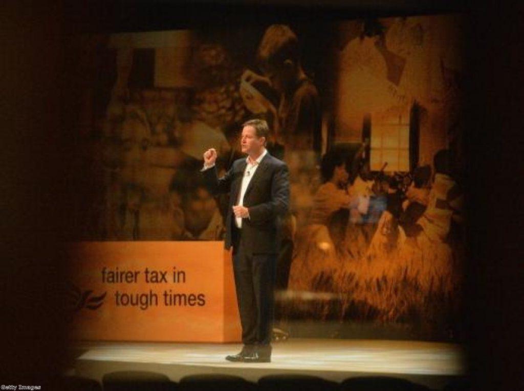 """Nick Clegg tells Lib Dems to stop """"squabbling"""""""