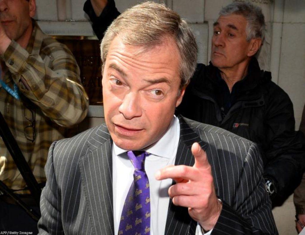 Farage criticises prison book ban