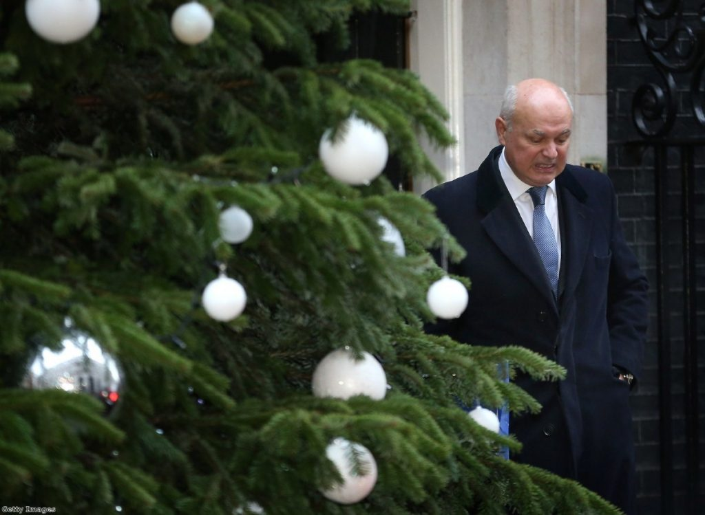 No Christmas cheer for IDS as universal credit nightmare continues