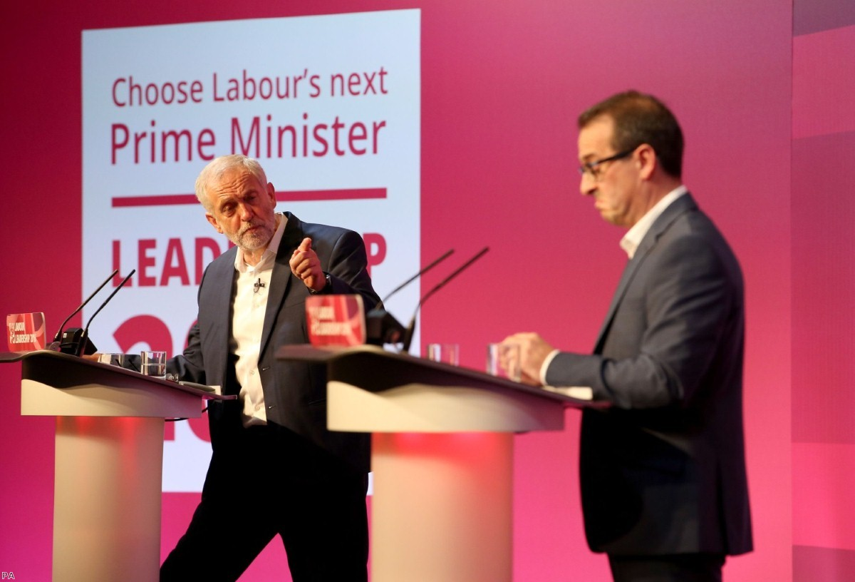 As ballots close, supporters of Owen Smith have all but conceded defeat