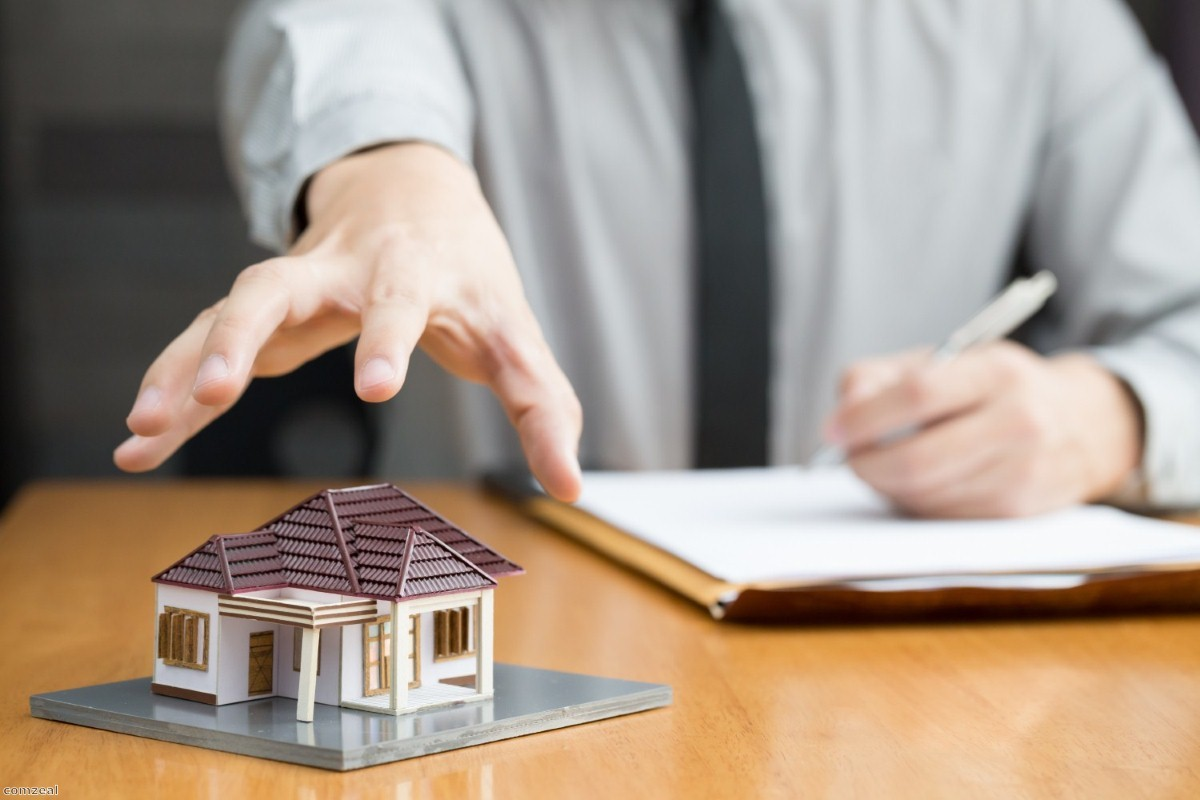 Eviction threat: Court system churns through cases Copyright: iStock/comzeal
