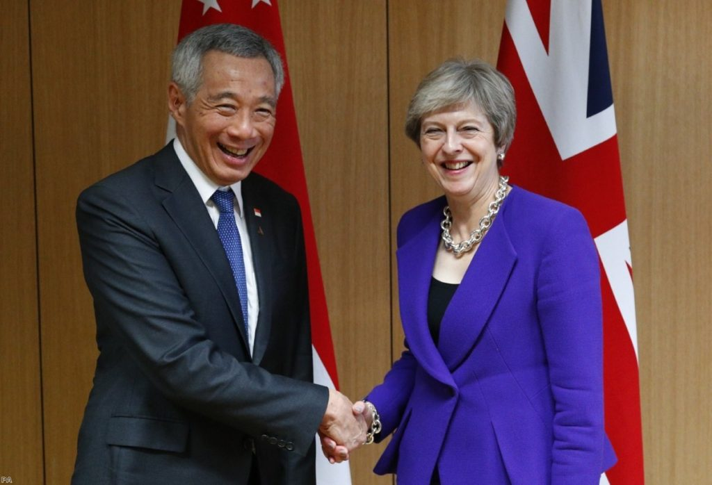 Singapore's Lee Hsien Loong meets Theresa May in Brussels on October 18th | Copyright: PA