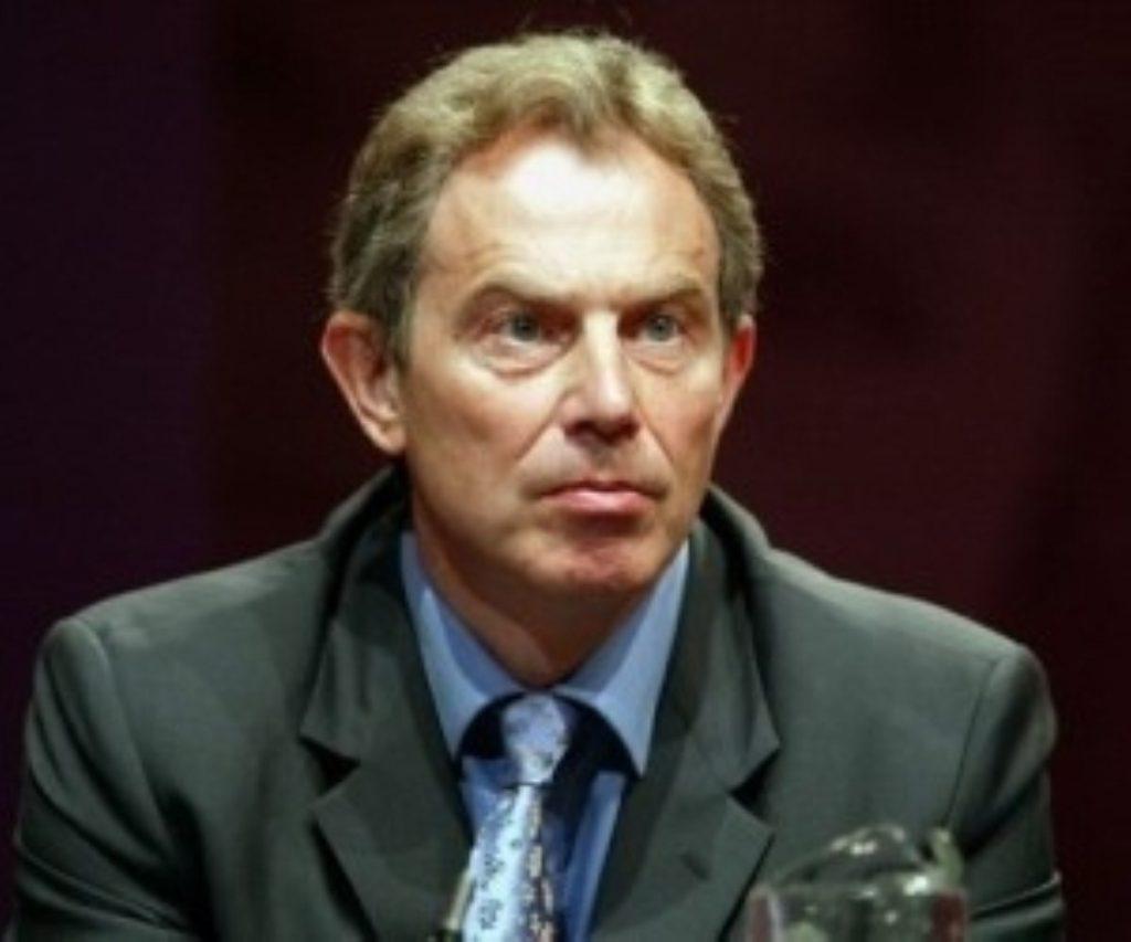 Guantanamo row overshadows Blair's US trip