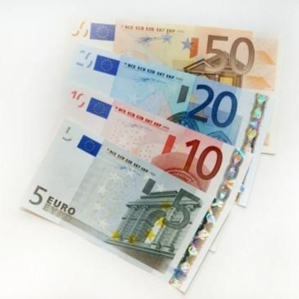 Tories launch anti-euro attack