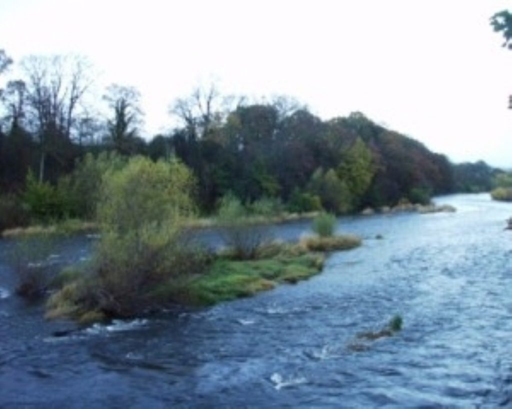 Reports of Defra cuts prompt fears of flooding risk