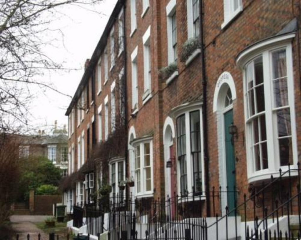 Government rejects claims that immigration is causing the housing shortage