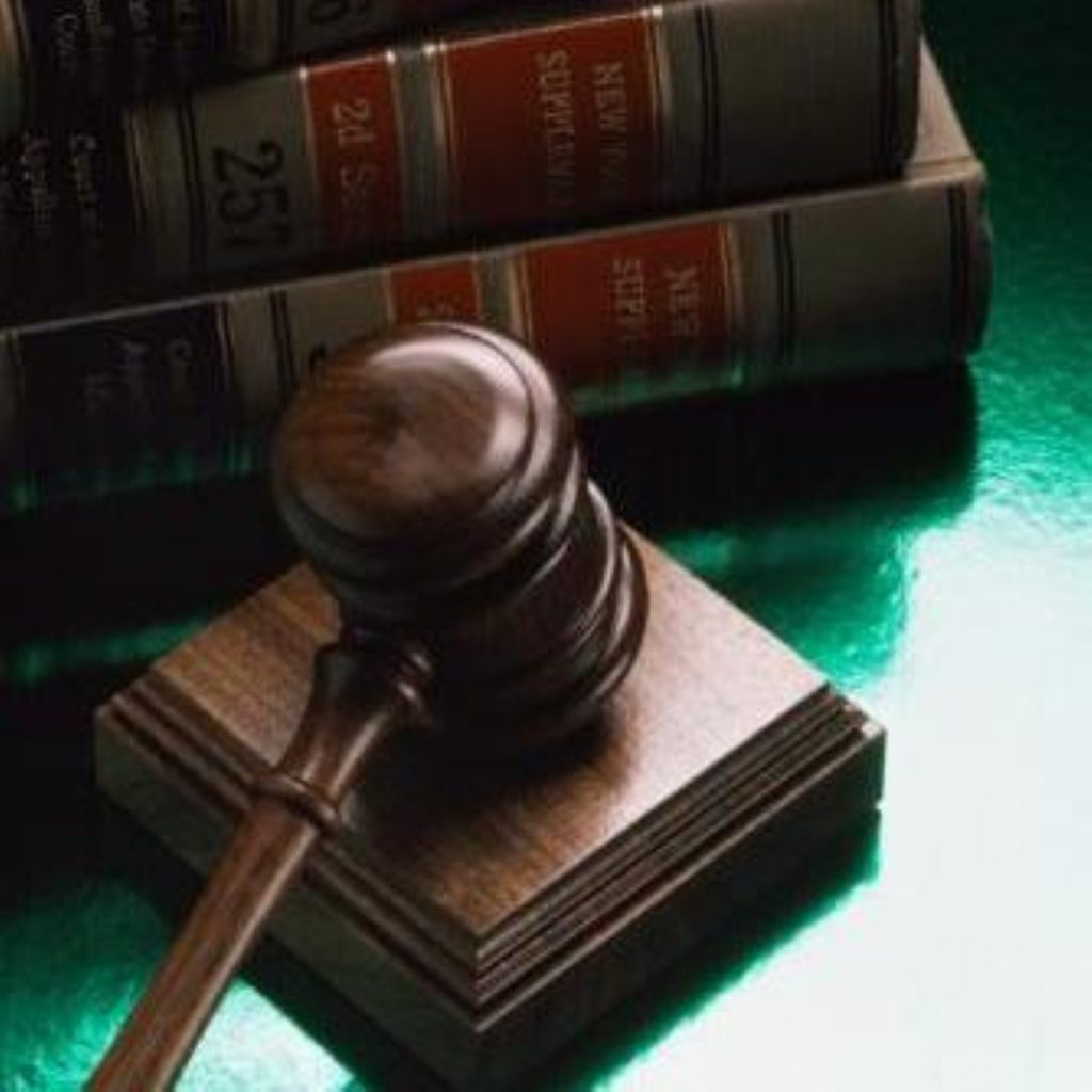 Judges take on ministers - again
