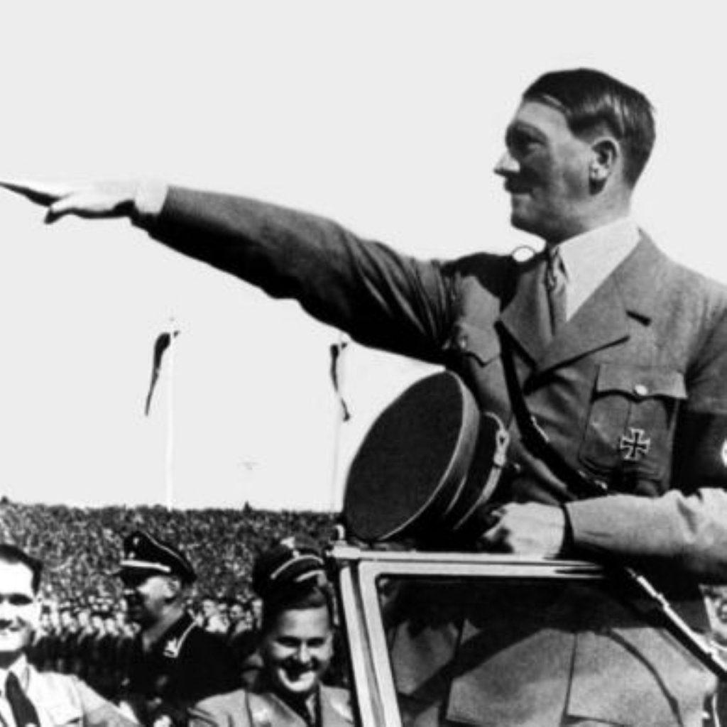 "Gapes slams ""heirs of Hitler"""