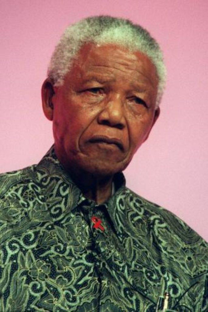 Mandela to unveil Parliament Sq statue