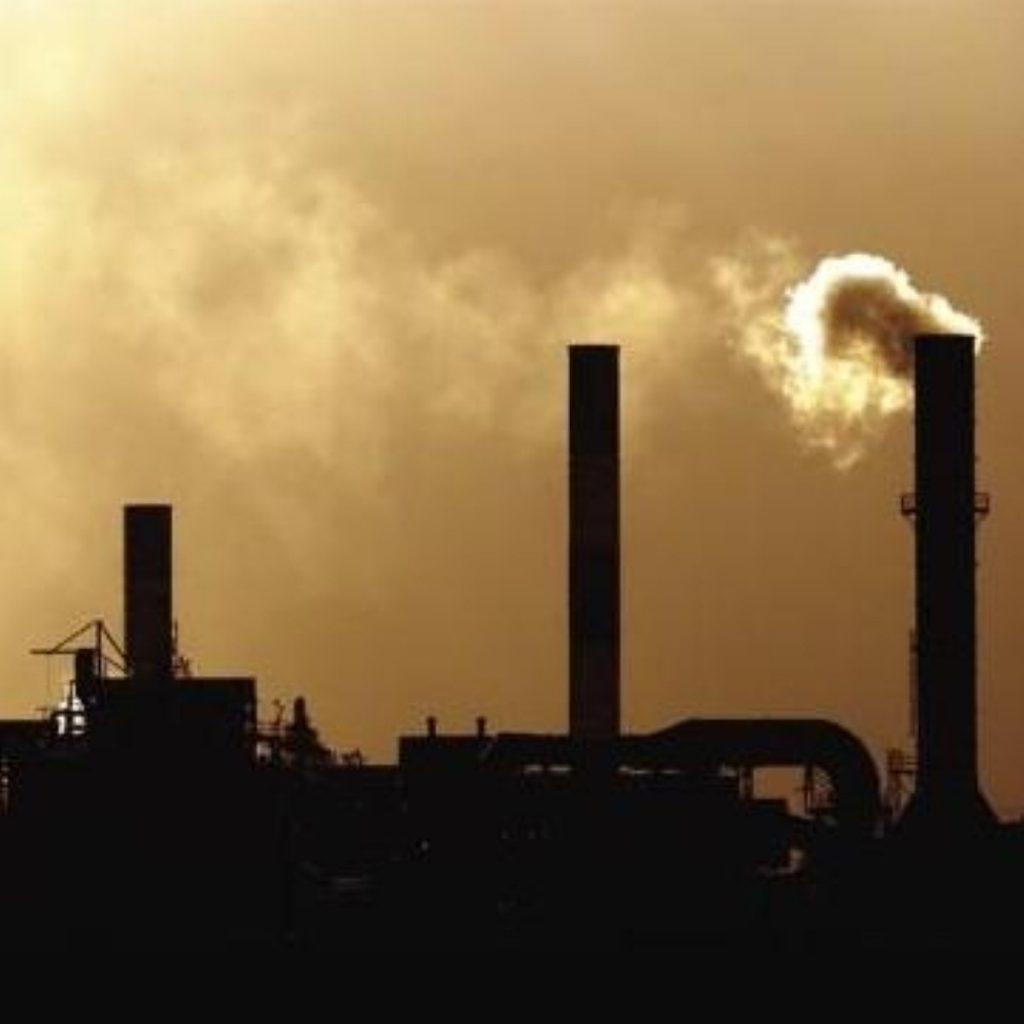 UK behind target on carbon emissions