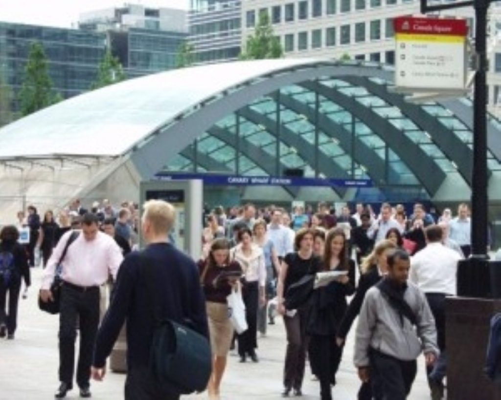 Unemployment falls by 20,000