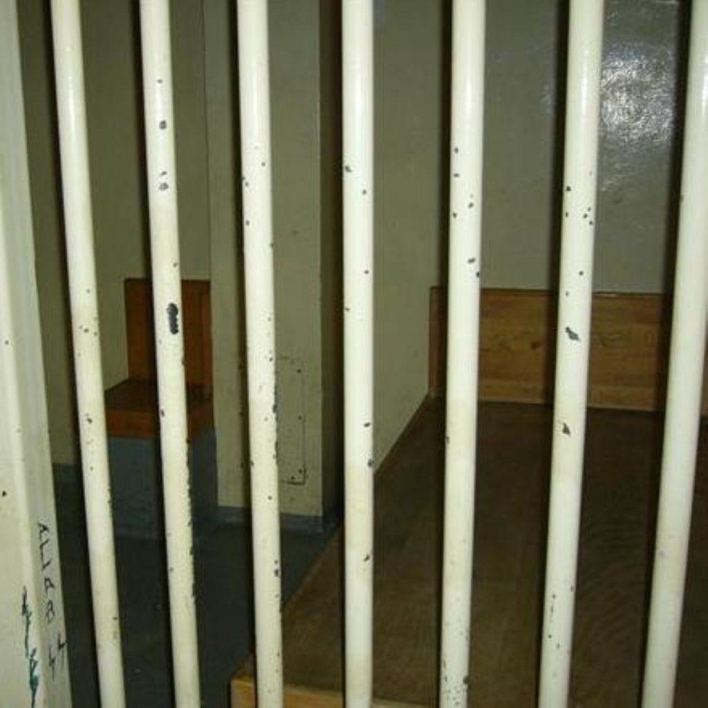 Brixton prison 'recycling prisoners'
