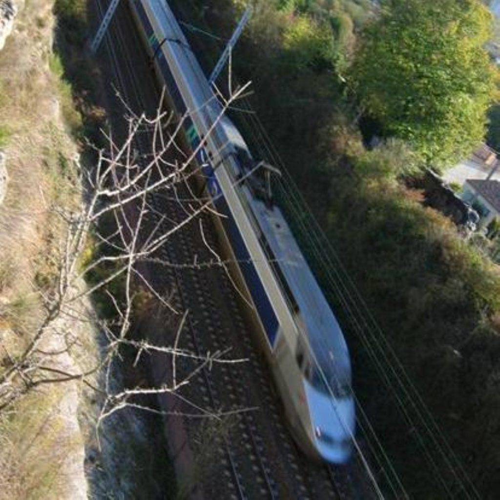 Britain's high-speed rail link hopes to rival France's TGV