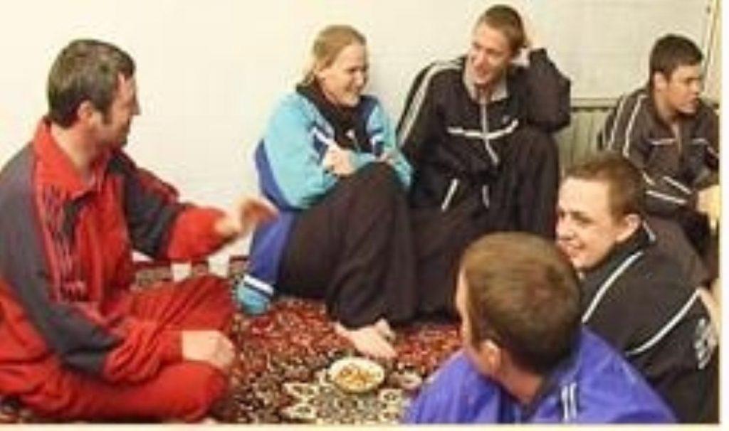 Iran releases British sailors