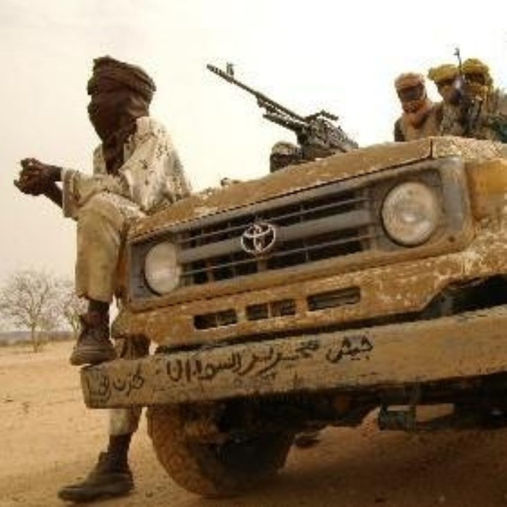 UK calls for peacekeeping force