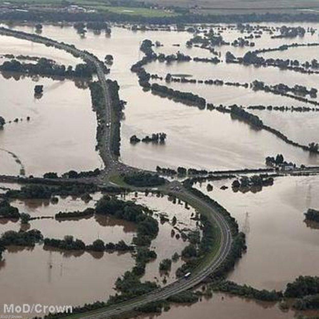 Govt defends flood preparations