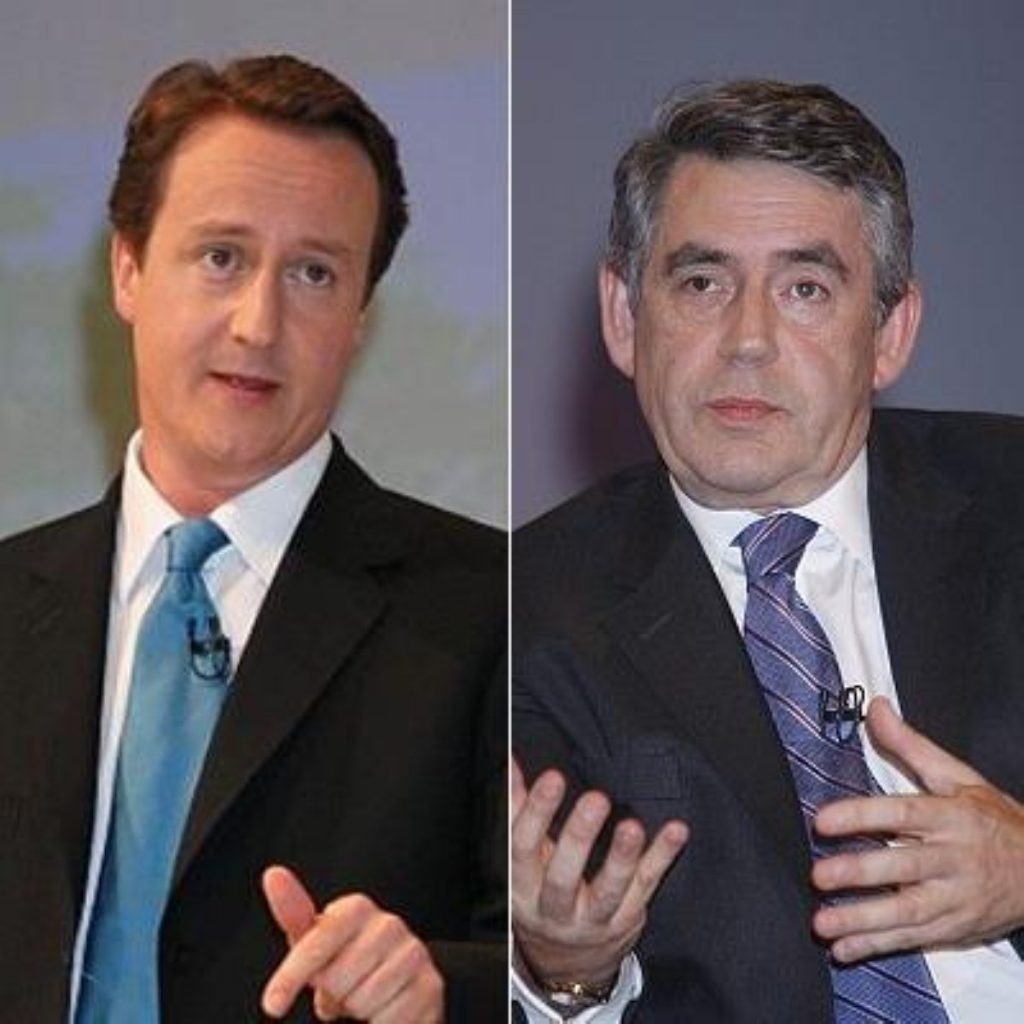 David Cameron continues to hold the poll advantage over Gordon Brown