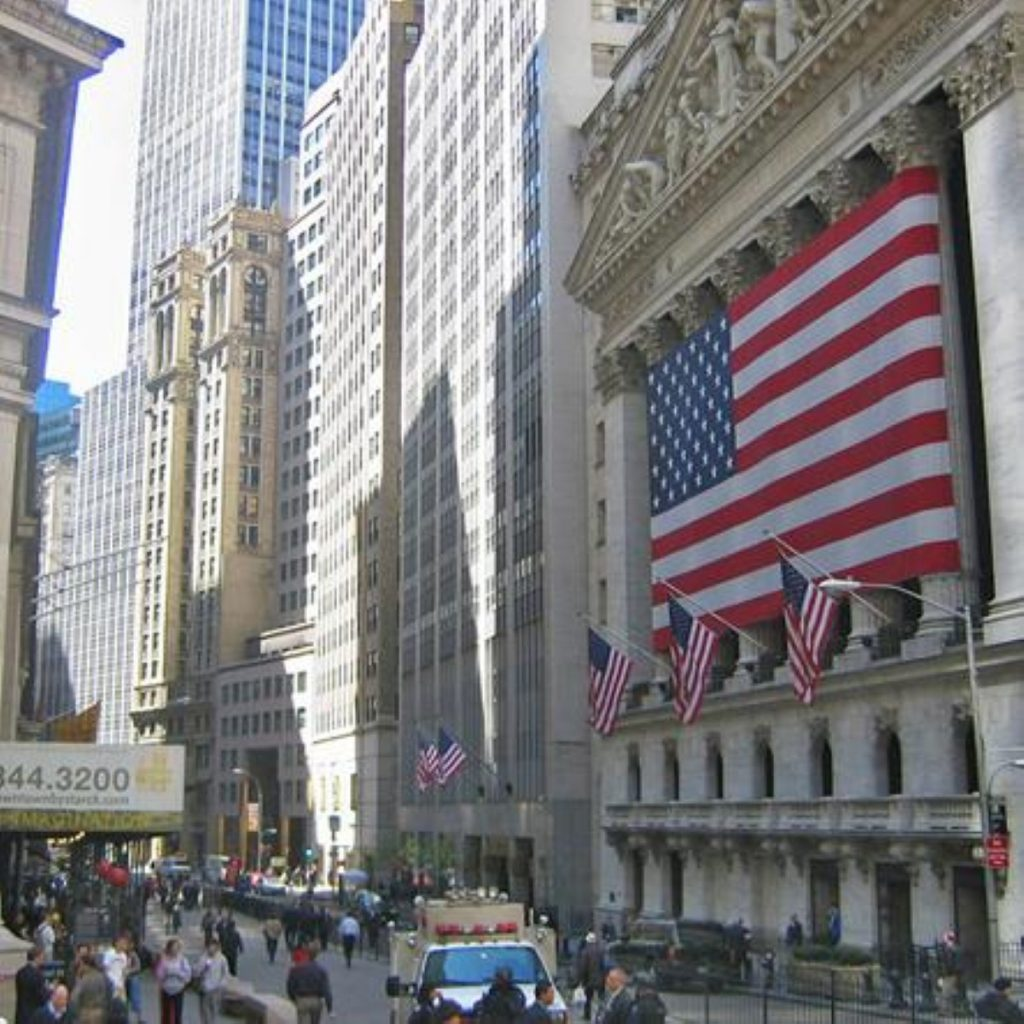 Brown in New York to address economic crisis