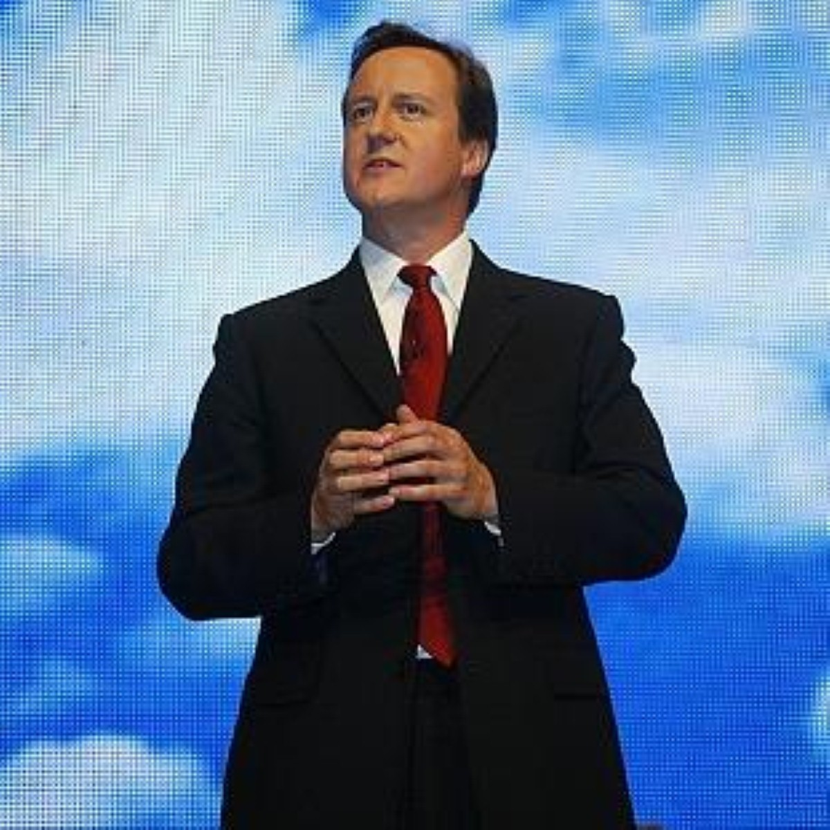Cameron sought to appear statesman-like today