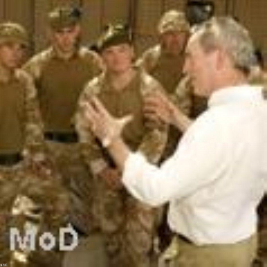 John Hutton meets British forces in Basra