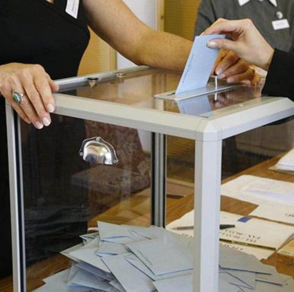 UK voters use first-past-the-post system