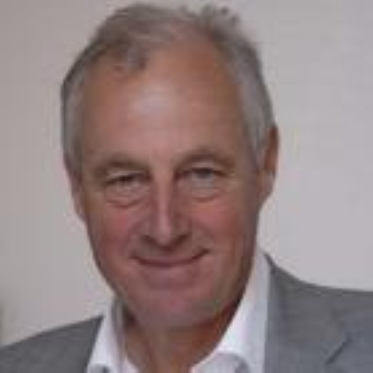 Chair of the EAC Tim Yeo strongly criticised the government