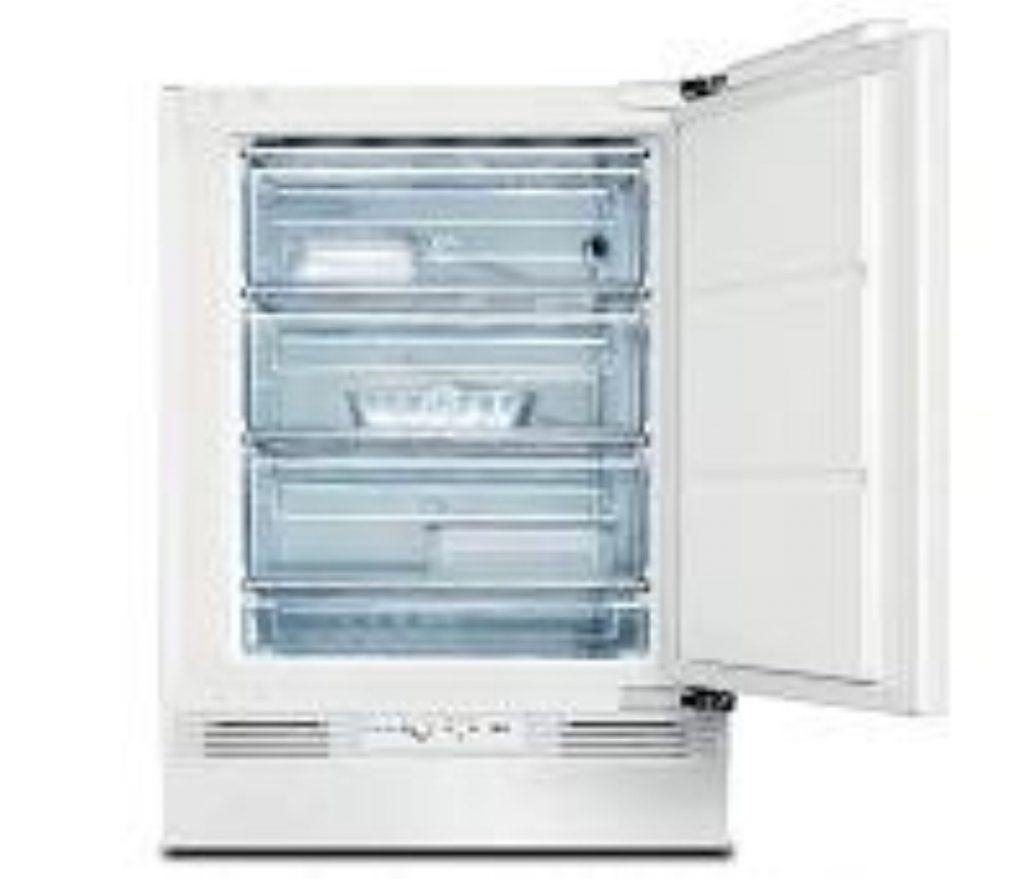 A dirty, slutty fridge. With no mustard.