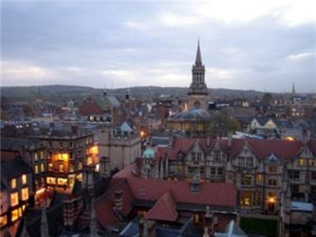 Racist row: Oxford Uni paper editors resign