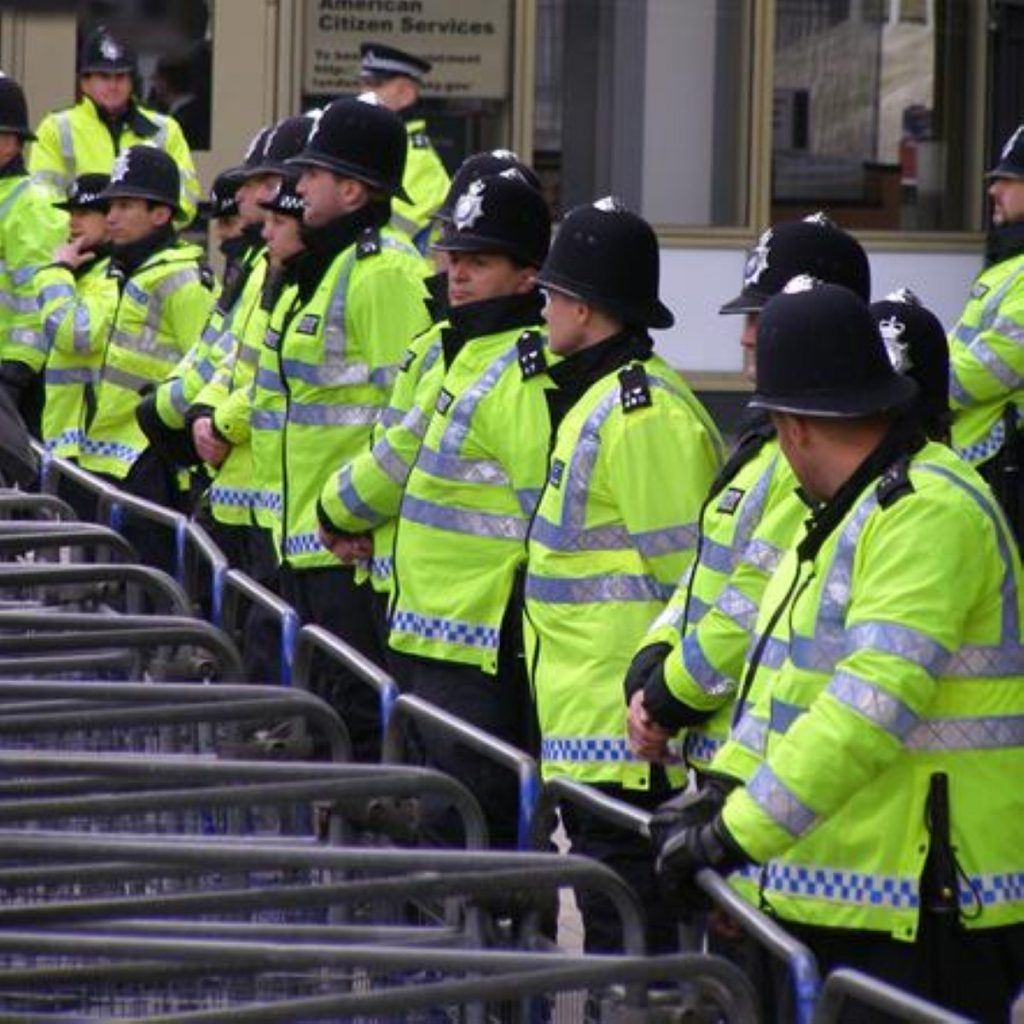 Police in preparation for march