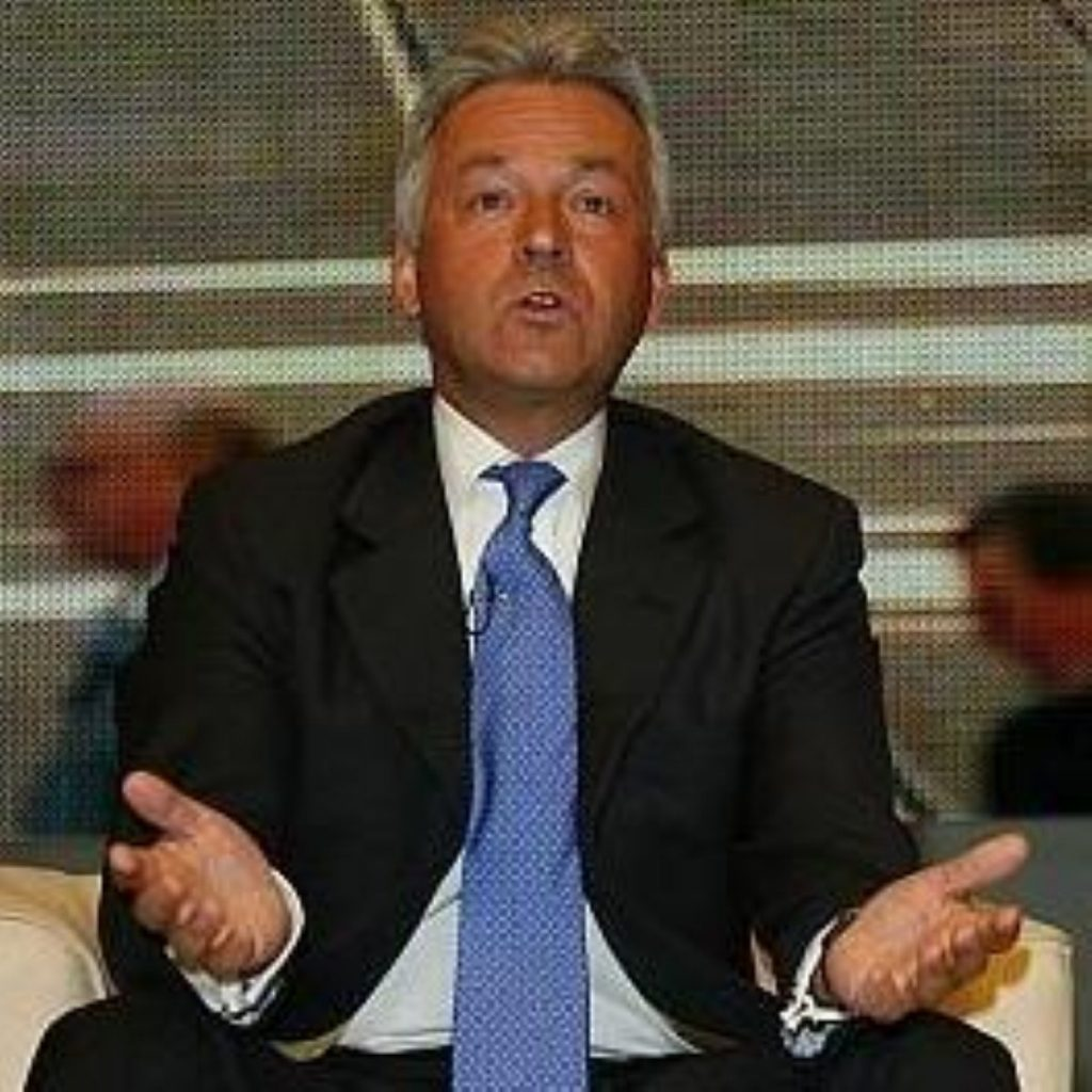Alan Duncan apologised today