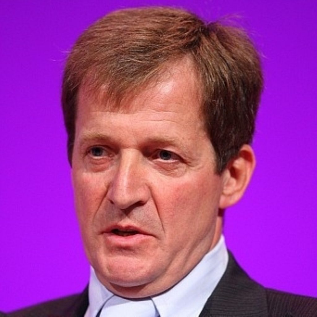 Alastair Campbell passed stories to journalists without consultation, say MI6