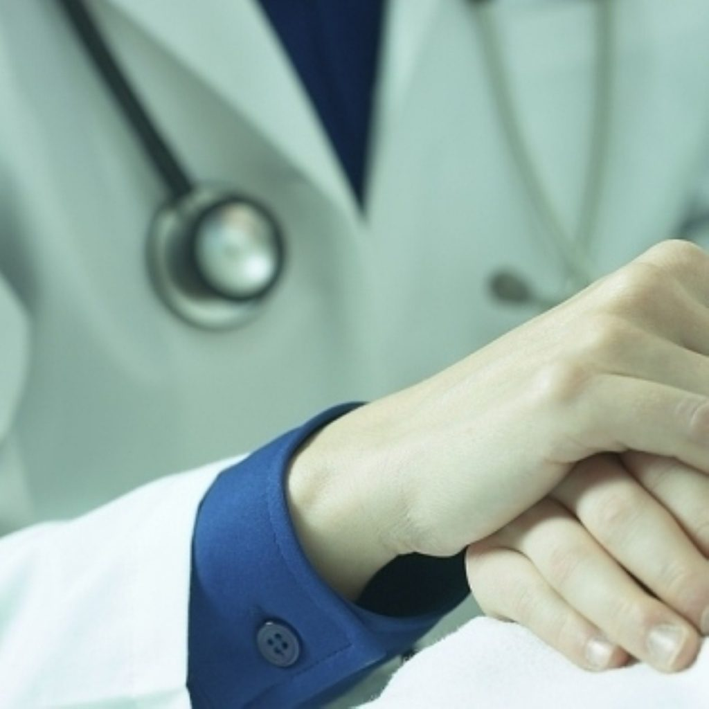 Women doctors need government action to help them up the career ladder, the report suggests