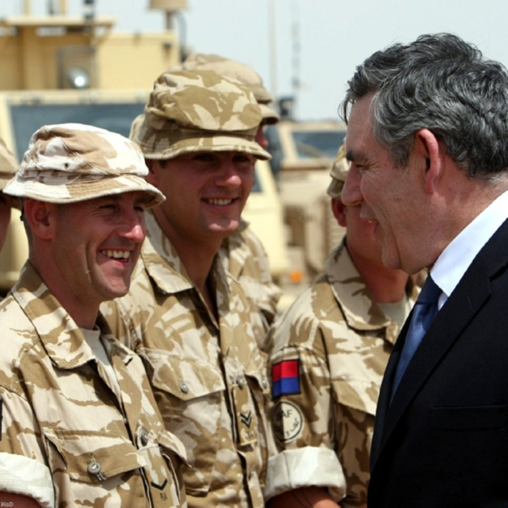 The government is allegedly discussing plans to send up to 1,000 extra troops to Afganistan.