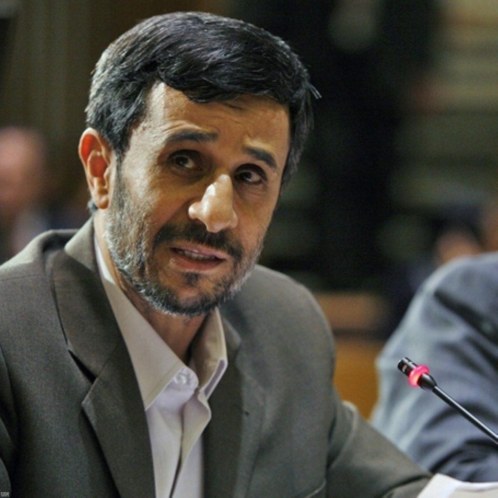 Ahmadinejad announces nuclear step-up