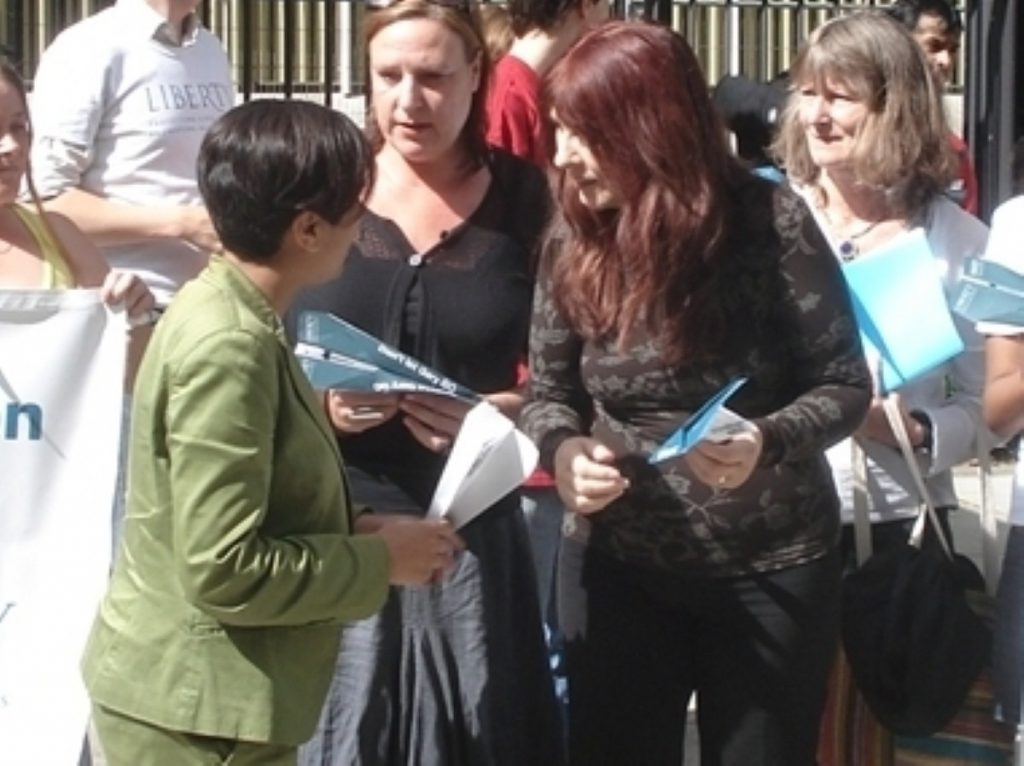 Janis Sharp, Gary McKinnon's mother on right with Shami Chakrabarti, director of Liberty
