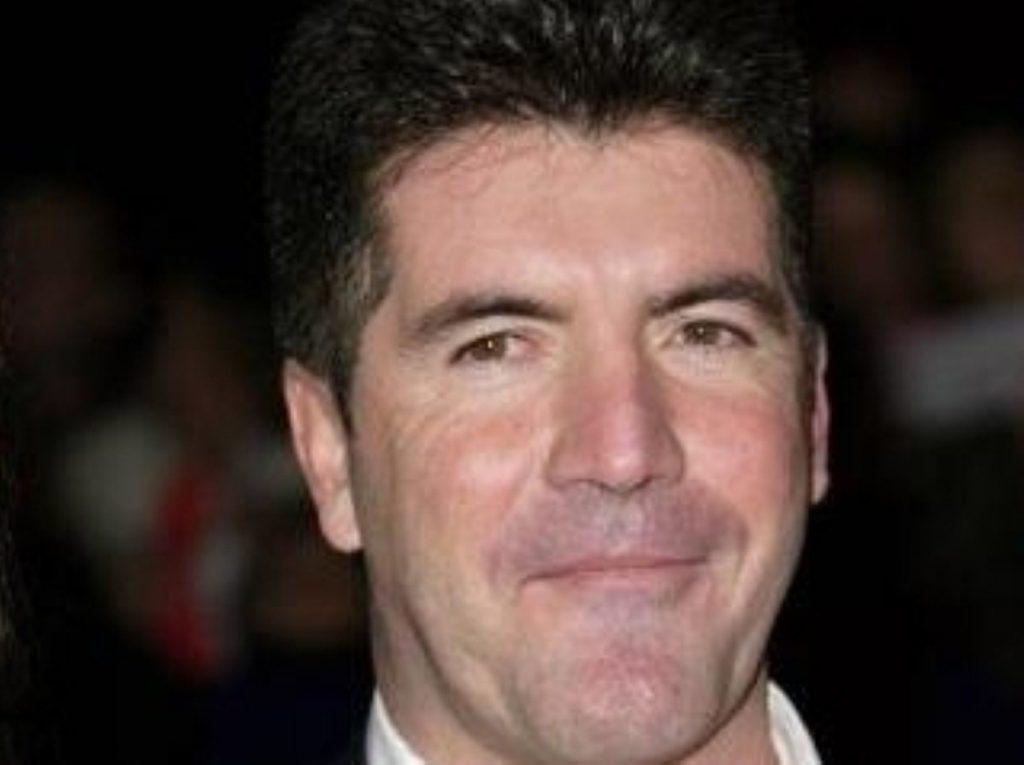 Simon Cowell backs David Cameron