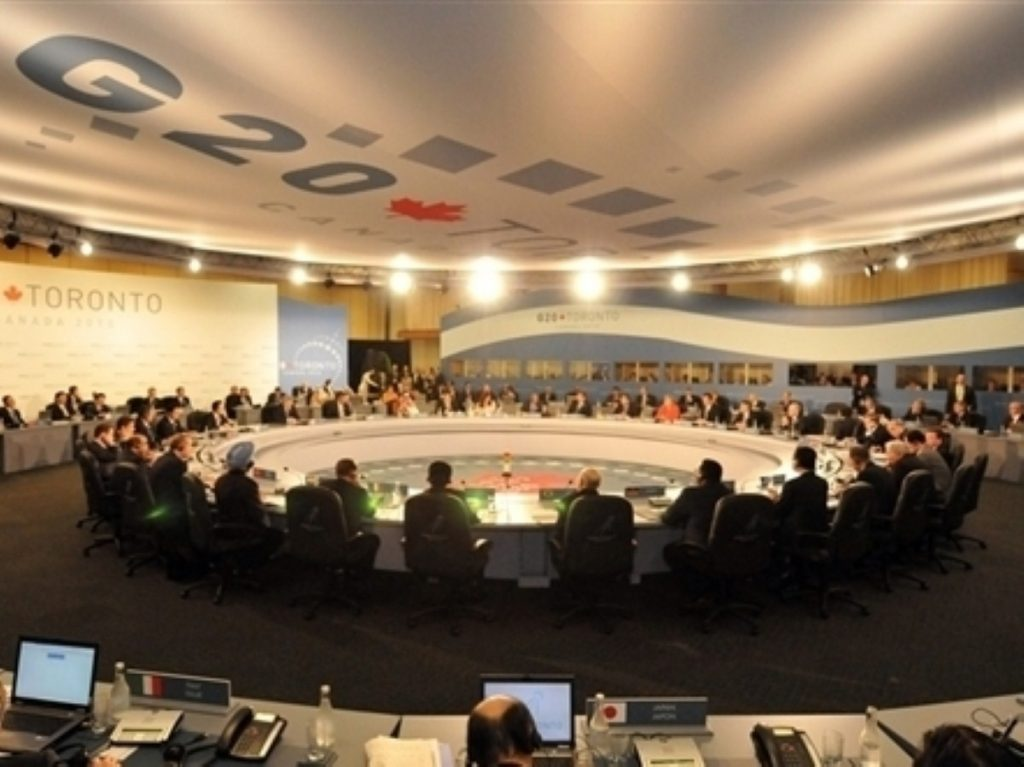 Toronto G20 supports halving deficits by 2013