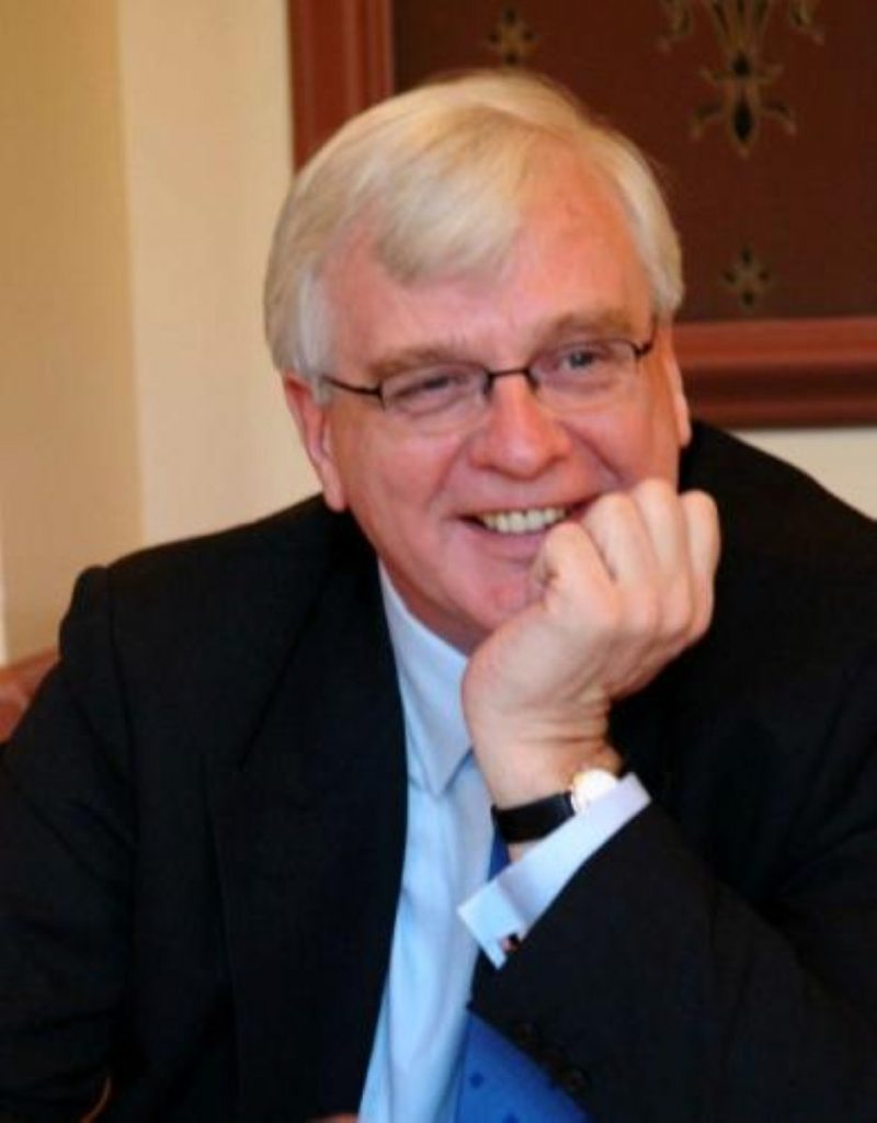 Alistair Graham warns of lack of trust in politicians