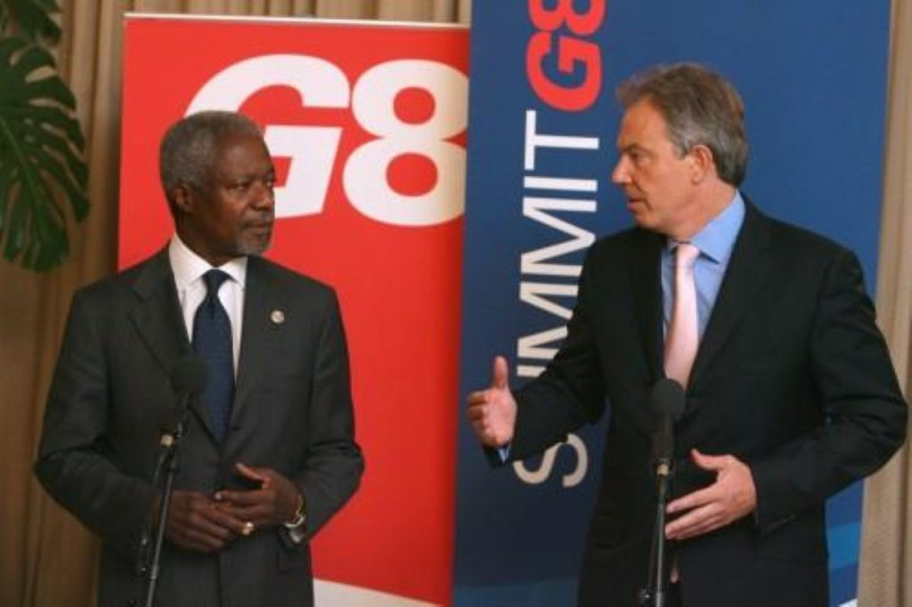 Blair backs UN calls for international force in Middle East